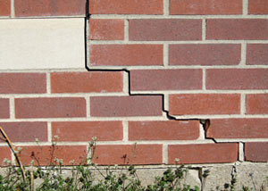 a foundation wall crack on a Fort Edward home.